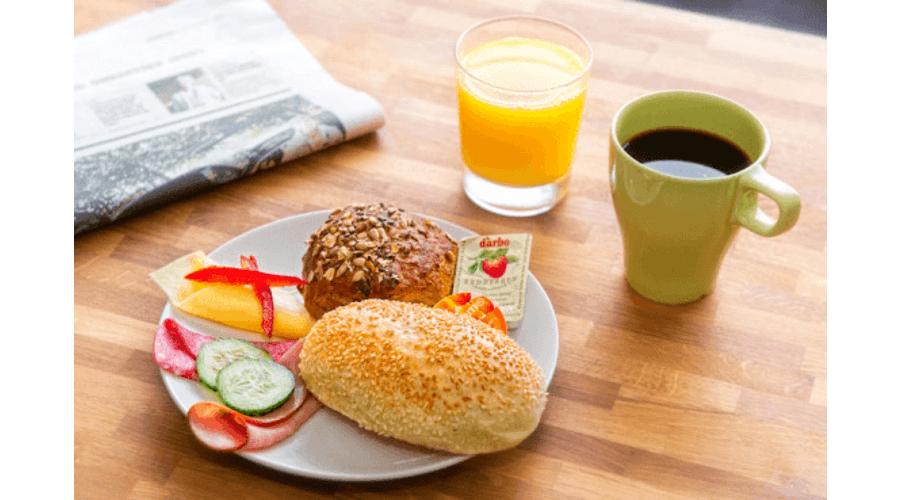 Frukost og open dag i Næringshagen på Voss